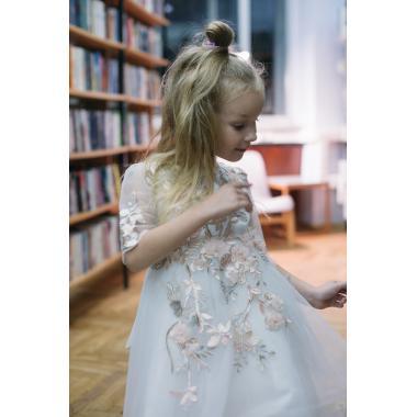 Нарядное платье для девочки IQ-FORM (белый), 3-8 лет