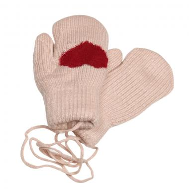 Зимние варежки для девочки на меху  Сердечко (бежевый), 6-8 лет